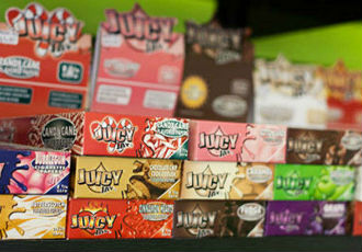 Juicy Jay's Rolling Papers