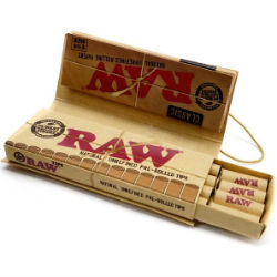 RAW Classic 1 1/4 Papers Connoisseur with Pre Rolled Tips